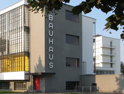 Dessau, Bauhaus, Architektur, Walter Gropius, Moderne, farbig
