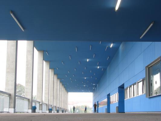 Dresden, Eishalle, Architektur, farbig