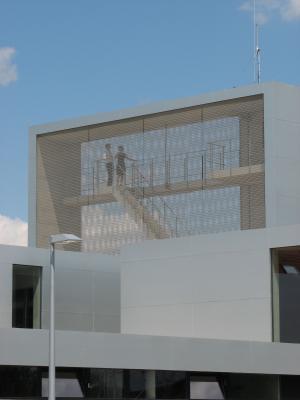 Aluminium, Architektur, Edelstahl, Feuerwache, grafisch, Menschen, Metall, Radebeul, Turm
